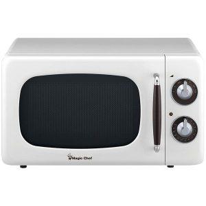 Magic Chef MCD770CW .7 Cubic-ft 700-Watt Retro Microwave (White)