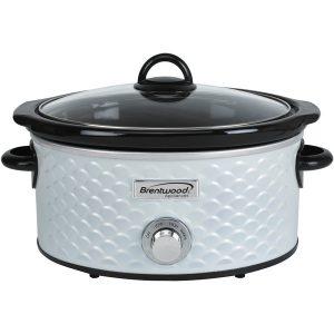 Brentwood Appliances SC-140W 4.5-Quart Scallop Pattern Slow Cooker (White)