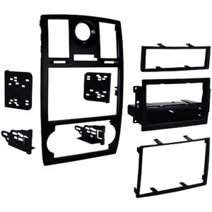Metra 99-6516B Double-DIN/ISO-DIN with Pocket Installation Kit with OE Bezel for 2005 through 2007 Chrysler 300/300C