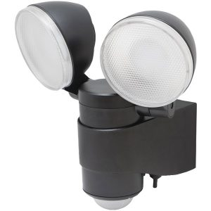 MAXSA Innovations 43218 Battery-Powered Motion-Activated Dual-Head LED Security Spotlight