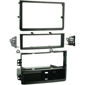 Metra 99-7602 Single- or Double-DIN Installation Kit for 2006 through 2008 Nissan 350Z