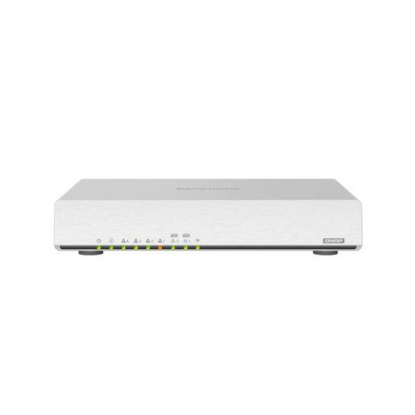 QNAP QHORA-301W-US Next-Generation Wi-Fi 6 Dual-port 10GbE SD-WAN Router